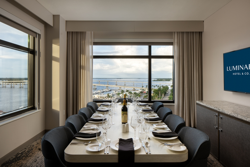 Grand Living-Dining Suite